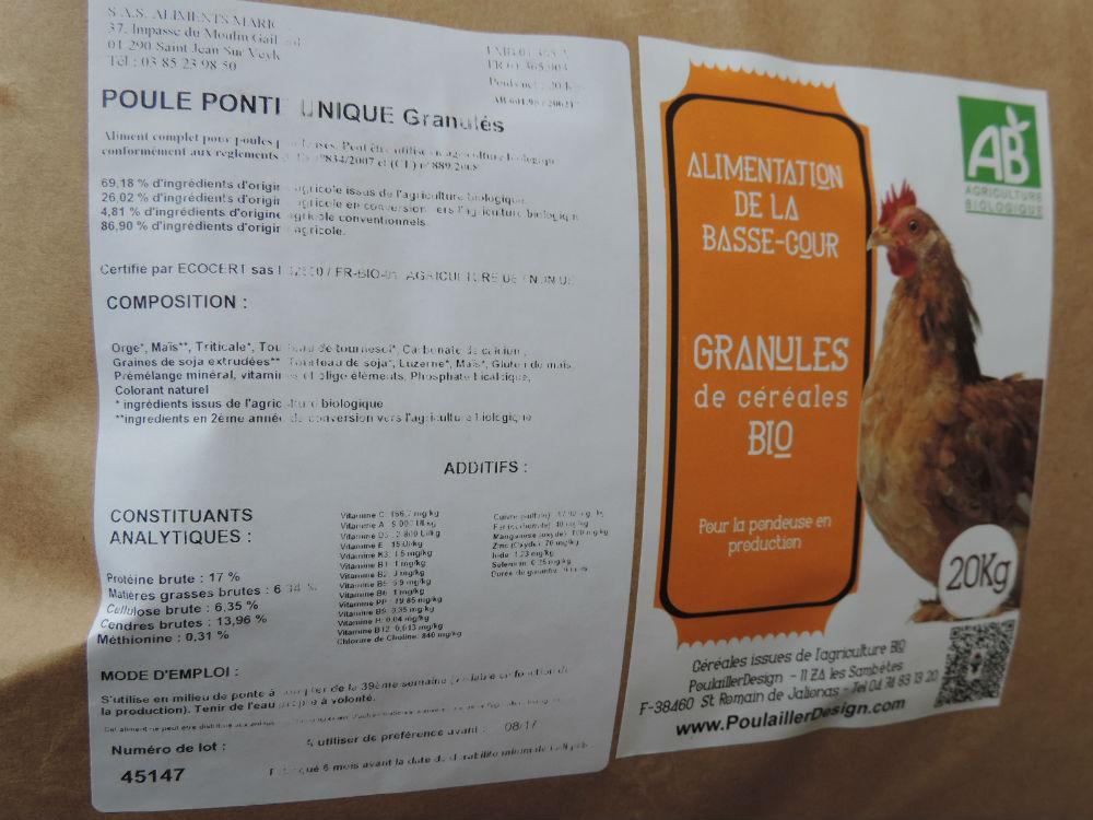 Oeuf de poules Bio élevées en plein air