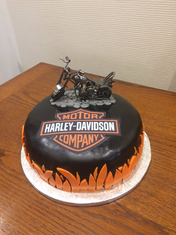 Gâteaux d'anniversaire sur commande
